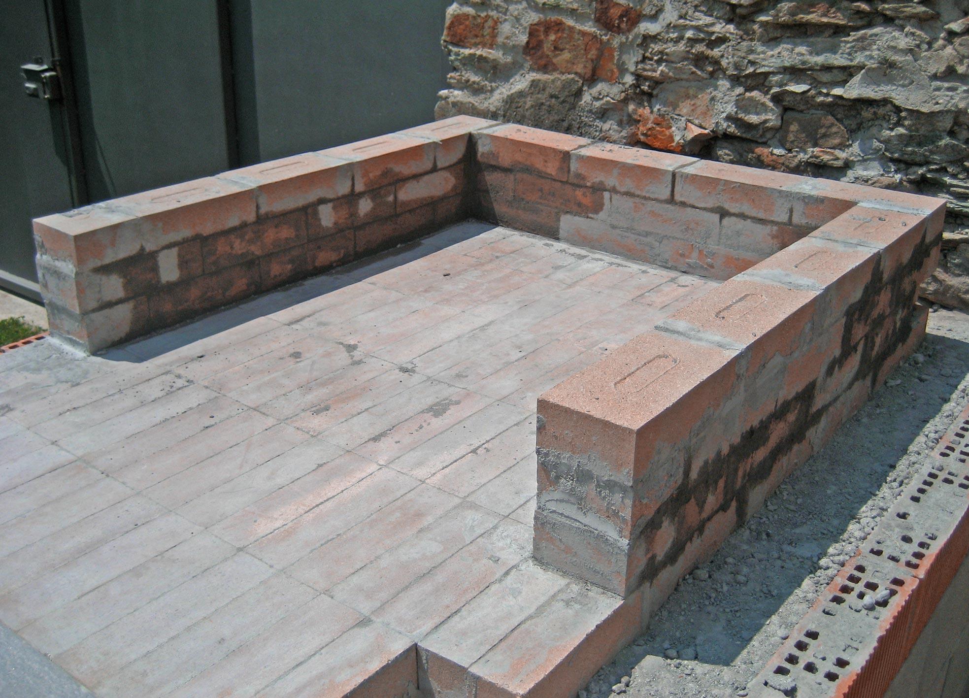 Costruire un camino in muratura in mattoni with costruire - Costruire un camino in casa ...